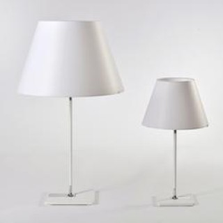 One tafellamp