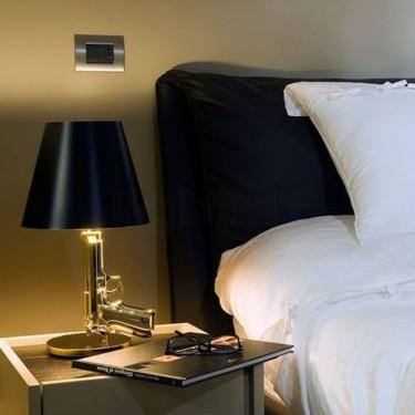 Guns bedside gun tafellamp