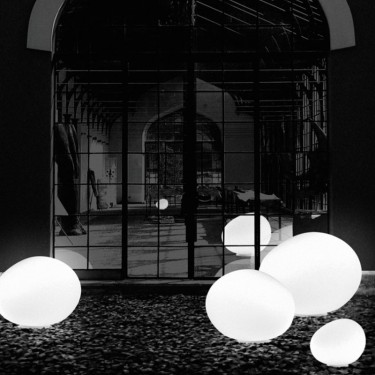 Poly Gregg Grande tafellamp