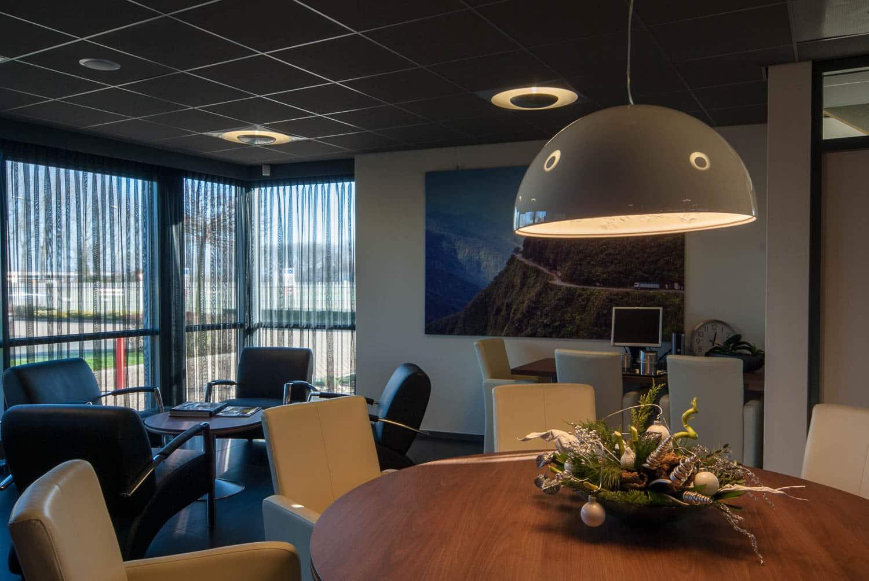 Hoogspoor licht project ontvangstruimte-