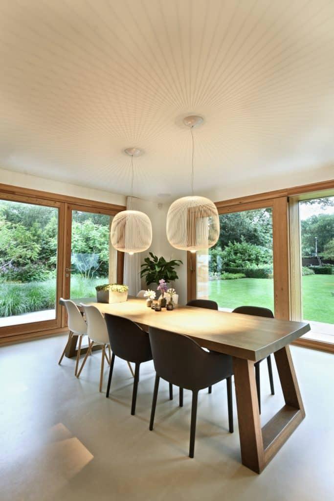 Moderne villa lichtplan eetkamer