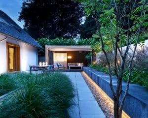 Moderne villa tuin verlichting hoofdafbeelding