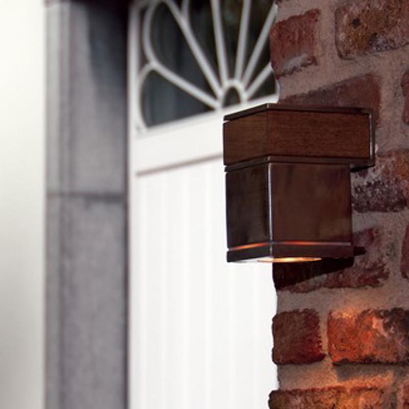 royal-botania-q-bic-wall-one-lamp